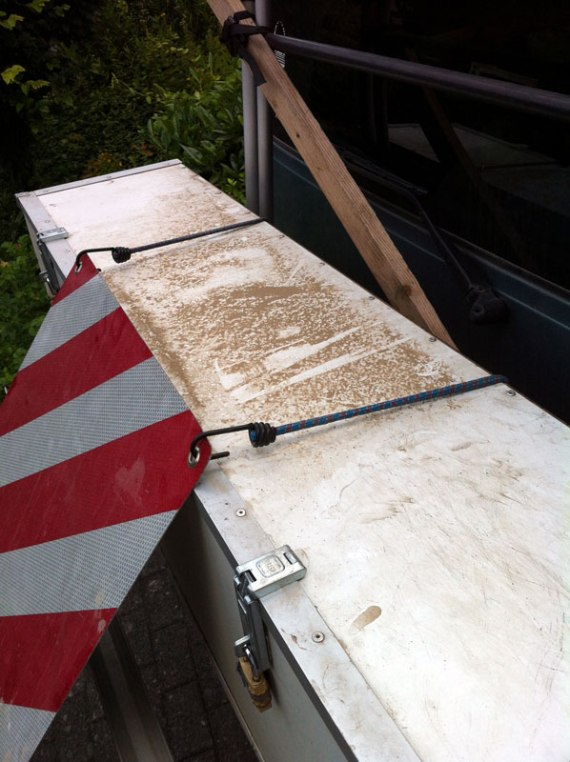 Der Pistenstaub, der nach dem Regen in Österreich noch übrig ist.
