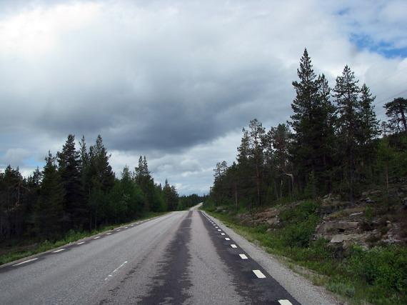 Endlos zieht sich die E45 durch Nordschweden.