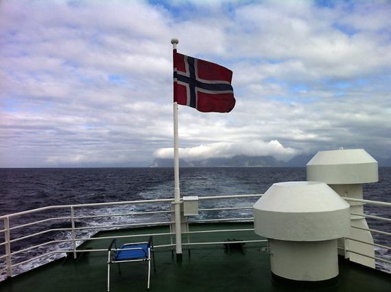Von Gryllefjord geht's rüber nach Andenes.