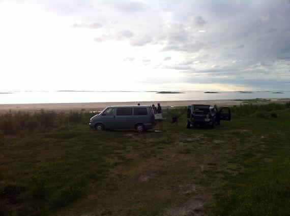 Unser Lager auf Sandhornøya (N67° 09.813 E14° 13.642).
