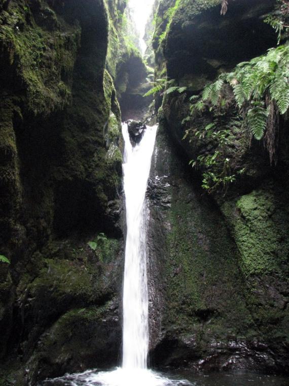 In den kleinen vorgelagerten Talkessel fließt von überall Wasser hinein.