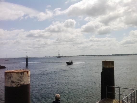 Speedboat!