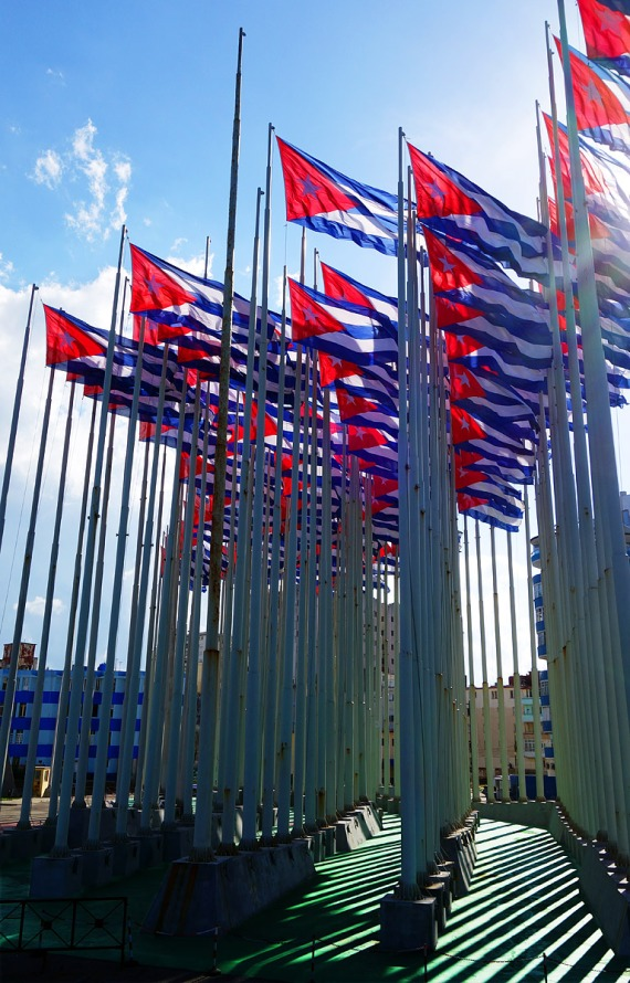 Flaggen an der Antiimperialistischen Tribüne José Martí, La Habana